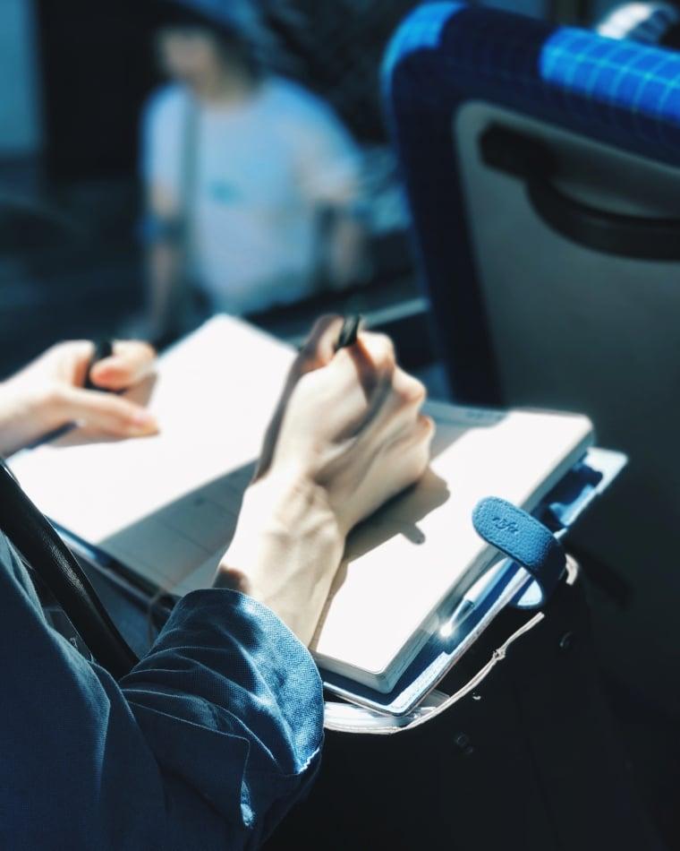 Lange Busfahrten Alleinreisende Audible